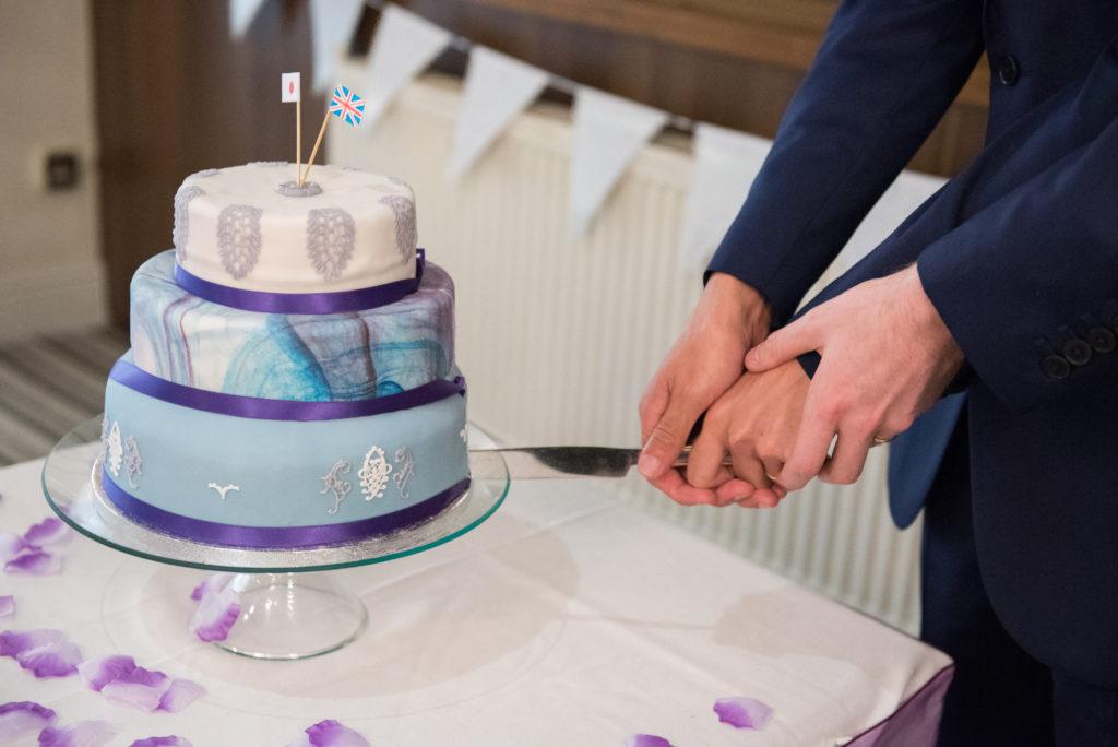 ウェディングケーキ 同性婚 イギリス